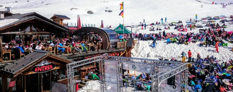 Tips to make the best of your ski holiday in busy times