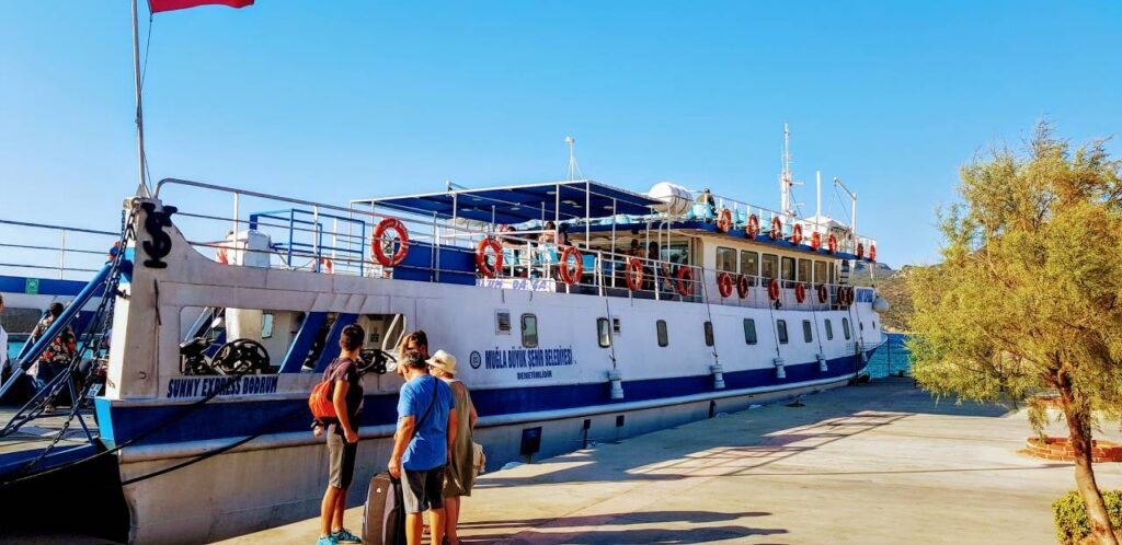 Marmaris to Bodrum ferry - The ferry from Datca (Marmaris) to Bodrum